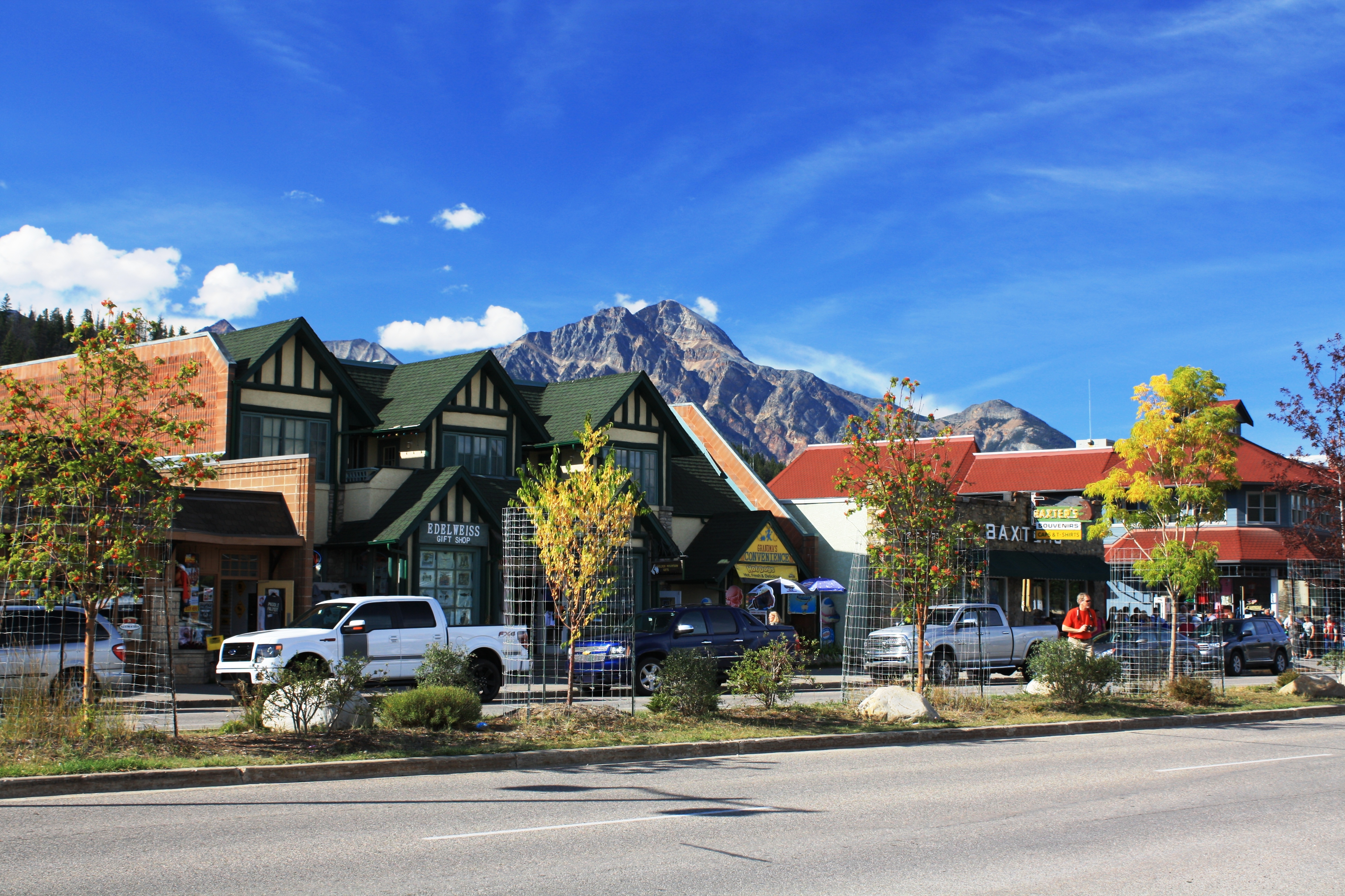 2013 jasper national park strayer travels more for Park towne